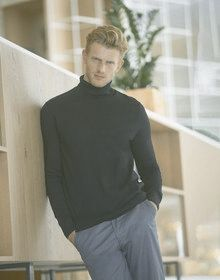 MENS ROLL NECK JUMPER BLACK  L'
